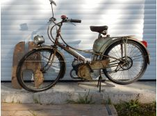 SUPER RARE 1957 / 1958 MOTOBECANE MOBYLETTE AV32 M, WITH ORIGINAL LEGSHIELDS